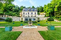 France, Indre-et-Loire (37), Amboise, château Gaillard, le château, les grands parterres