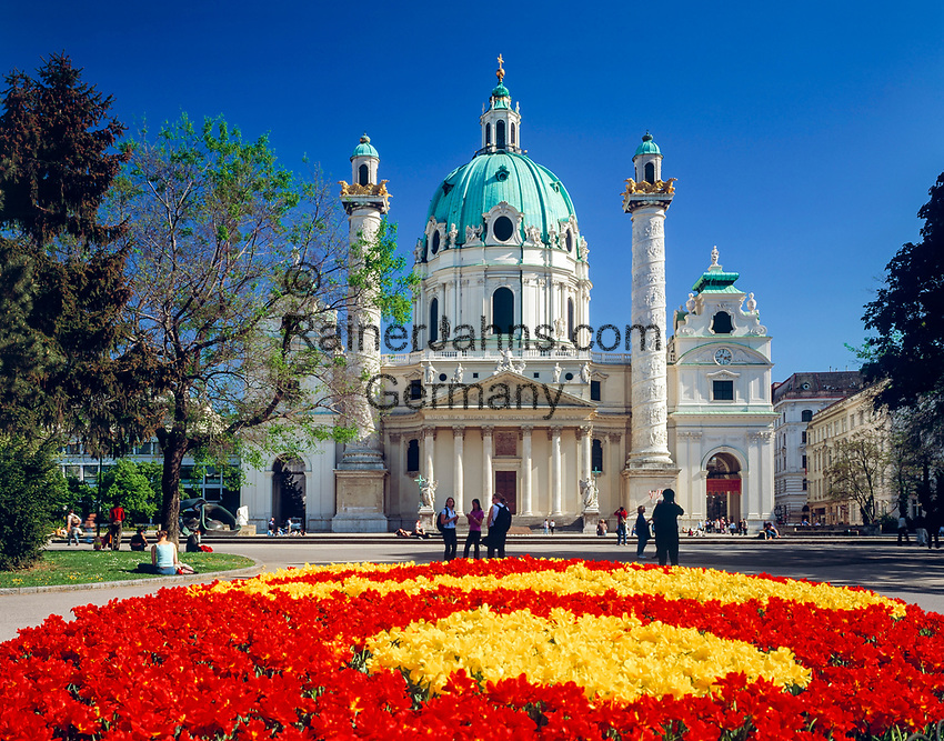 Austria, Vienna, Peter's church at Peter's Square | Oesterreich, Wien, Peterskirche am Petersplatz