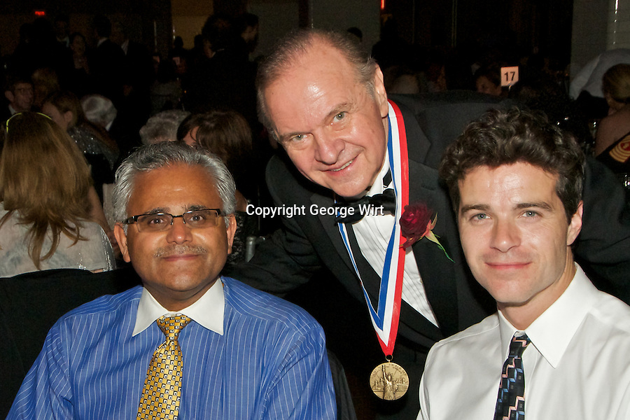 Akrimax Pharmaceutials Co-Founder and Co-Chairman Leonard Mazur is honored with the Ellis Island Medal of Honor.