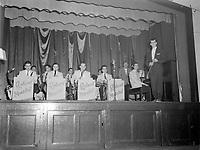 Orchestre Roland Martel, 2 fevrier 1955, college O'Sullivan, Quebec.<br /> <br /> PHOTO :  Agence Quebec Presse