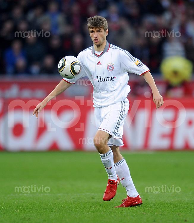 Fussball 1. Bundesliga: Saison   2009/2010   30. Spieltag   Bayer 04 Leverkusen - FC Bayern Muenchen   10.04.2010 Thomas Mueller (FCB)