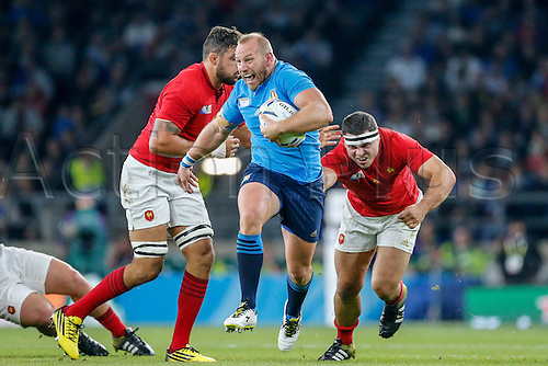 19.09.2015. Twickenham, London, England. Rugby World Cup. France versus Italy. Leonardo Ghiraldini of Italy breaks into open field with the ball.