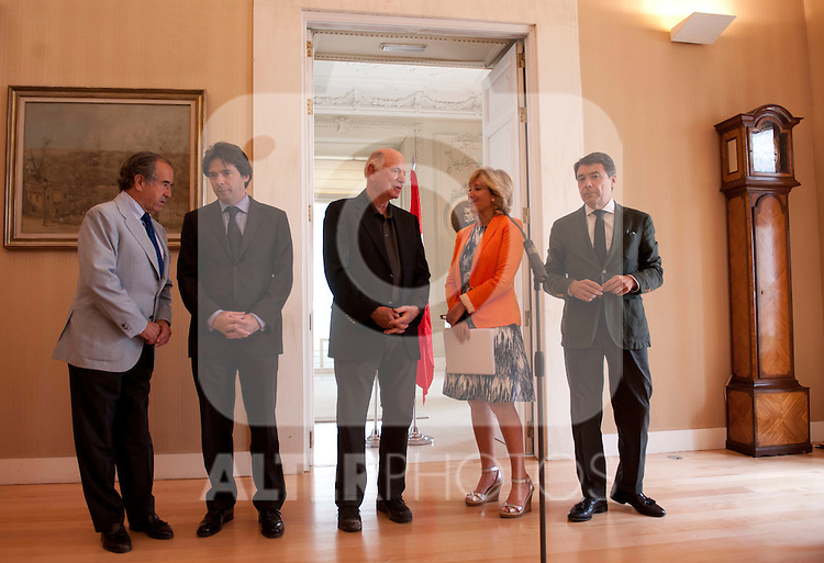 26/06/2012. MAdrid. Spain. CAM. Casa de Correos. Madrid Comunity. Meeting between de presiden of the Madrid Comunity  CAM. Esperanza Aguirre and  EUROVEGAS proyect. The general director of Las Vegas Sands Michael Levin.