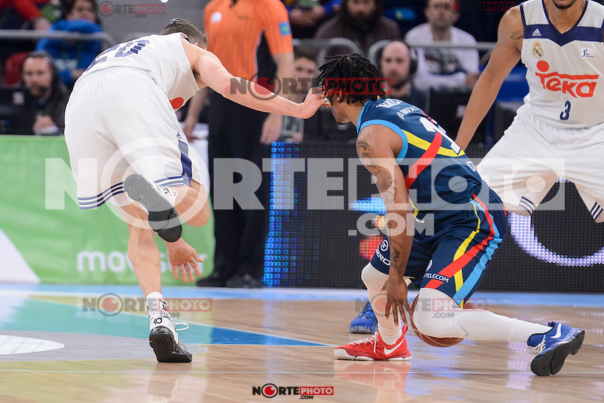 Real Madrid's Jaycee Carroll and Morabanc Andorra's Andrew Albicy during Quarter Finals match of 2017 King's Cup at Fernando Buesa Arena in Vitoria, Spain. February 16, 2017. (ALTERPHOTOS/BorjaB.Hojas) /Nortephoto.com