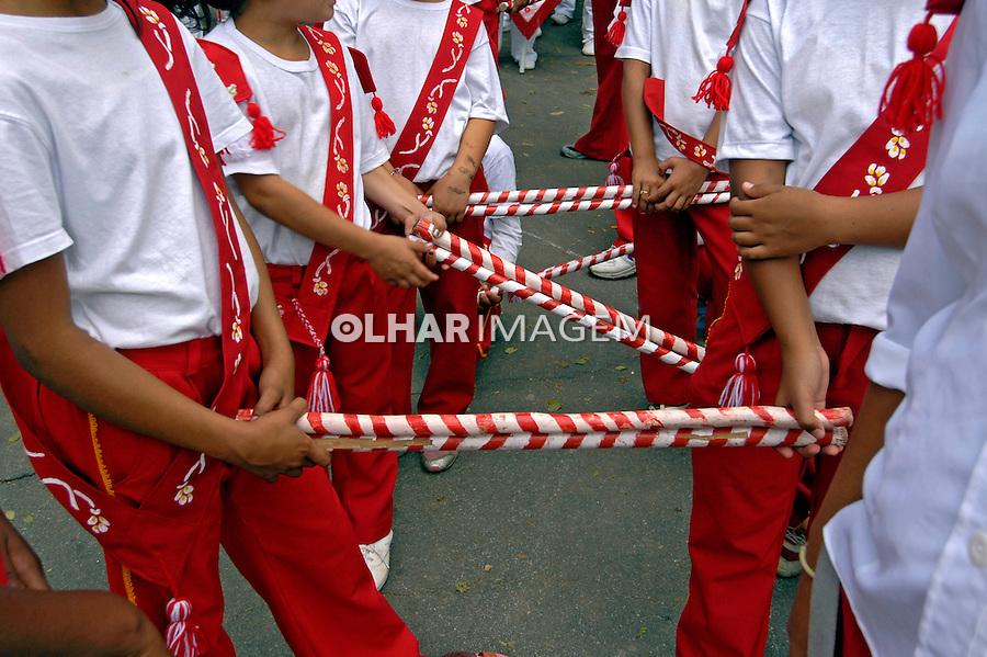 Grupo folclórico de moçambique. São Paulo. 2006. Foto de Juca Martins.