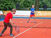 Den Bosch, Netherlands, 10 June, 2016, Tennis, Ricoh Open, KNLTB, tennis plaza<br /> Photo: Henk Koster/tennisimages.com