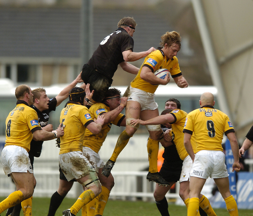 Photo. Jed Wee..Newcastle Falcons v London Wasps, Zurich Premiership, 06/02/2005..Wasps' Martin Purdy.