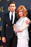 BURBANK - APR 26: Billy Flynn, Suzanne Rogers at the 42nd Daytime Emmy Awards Gala at Warner Bros. Studio on April 26, 2015 in Burbank, California