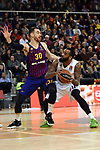 Turkish Airlines Euroleague 2018/2019. <br /> Regular Season-Round 16.<br /> FC Barcelona Lassa vs Darussafaka Tekfen Istanbul: 97-65.<br /> Victor Claver vs Stanton Kidd.