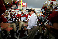 TALLAHASSEE, FL 10/31/09-FSU-NCST FB09 CH08-Florida State Head Coach Bobby Bowden talks to his team prior to the N.C. State game Saturday at Doak Campbell Stadium in Tallahassee. .COLIN HACKLEY PHOTO