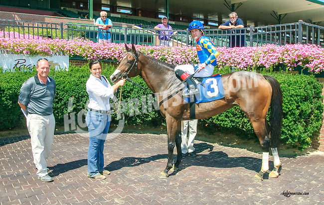 Bobs Pinup Girl winning at Delaware Park on 8/25/15