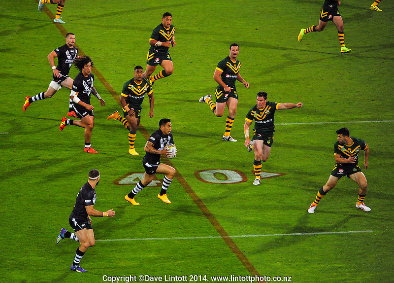 Dean Whare in action during the Four Nations rugby league final between the NZ Kiwis and Australia Kangaroos at Westpac Stadium, Wellington on Saturday, 15 November 2014. Photo: Dave Lintott / lintottphoto.co.nz