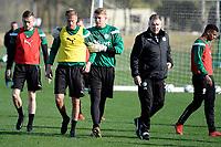 SOTOGRANDE  - Voetbal, Trainingskamp FC Groningen, seizoen 2017-2018, 12-01-2018, FC Groningen speler Kasper Larsen met /FC Groningen doelman Segio Padt