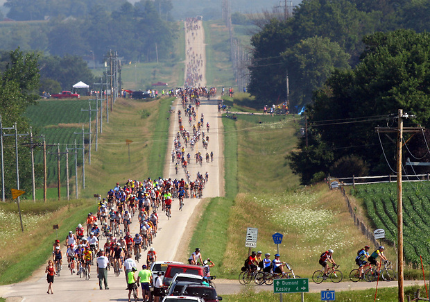 RAGBRAI riders make the turn onto county highway C51 on ther way to Kesley.