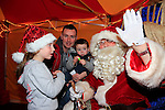Holly Smith, Ciana and Noel Smith Santa arriving at the Drogheda Town centre.<br /> Picture: Fran Caffrey www.newsfile.ie