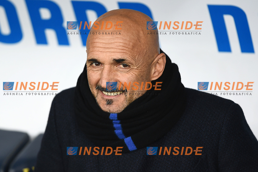 Luciano Spalletti coach of Inter looks on ahead the Serie A 2018/2019 football match between Chievo Verona and Inter at stadio Bentegodi, Verona, December 22, 2018 <br />  Foto Daniele Buffa / Image Sport / Insidefoto