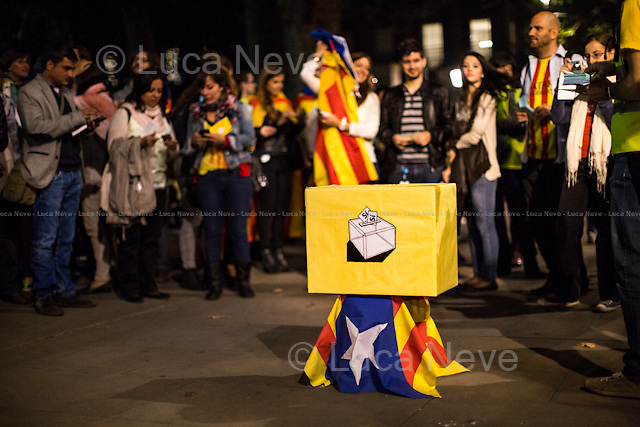 London, 11/09/2014. Today, Catalan people based in London held a demonstration outside 10 Downing Street to celebrate &quot;la Diada&quot;, The National Day of Catalonia. These Catalans form part of a strong and growing movement for complete self-determination through a referendum on independence announced by the Government of Catalonia on 12 December 2013 which is set for 9 November 2014 (the referendum will ask the Catalan people: &quot;Do you want Catalonia to become a State?&quot; and &quot;In case of an affirmative response, do you want this State to be independent?&quot;). The Spanish Government immediately stated that &quot;Such a poll will not be held&quot;.<br />  <br /> For more information please click here: http://assemblea.cat/