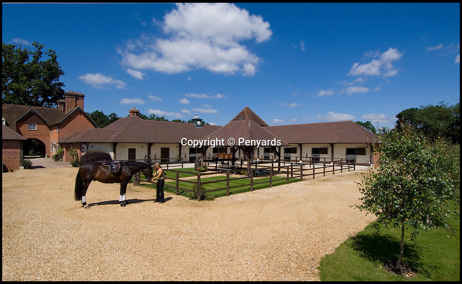 BNPS.co.uk (012902 558833)<br /> Pic: Penyards/BNPS<br /> <br /> A home fit for a King!<br /> <br /> A former hunting lodge that has played host to countless Royals and aristocrats in its 930-year history has gone on the market for £7.5million.<br /> <br /> The 25-acre country estate is thought to have been built by William the Conqueror when he established the ancient New Forest as a Royal hunting ground in 1079.<br /> <br /> The first Norman King of England had lodges built for hunting parties to eat and sleep in, with one of them being Ladycross Lodge near Beaulieu, Hants.