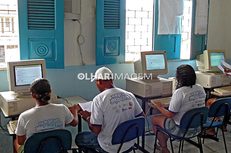 Aula de Informática, Projeto CDI. São Luis. Maranhão. 2007. Foto de Rogério Reis.