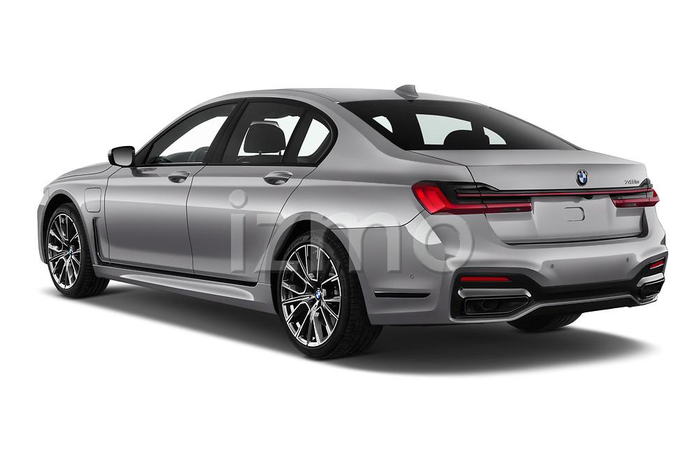 Car pictures of rear three quarter view of a 2020 BMW 7-Series  M-Sport 4 Door Sedan angular rear