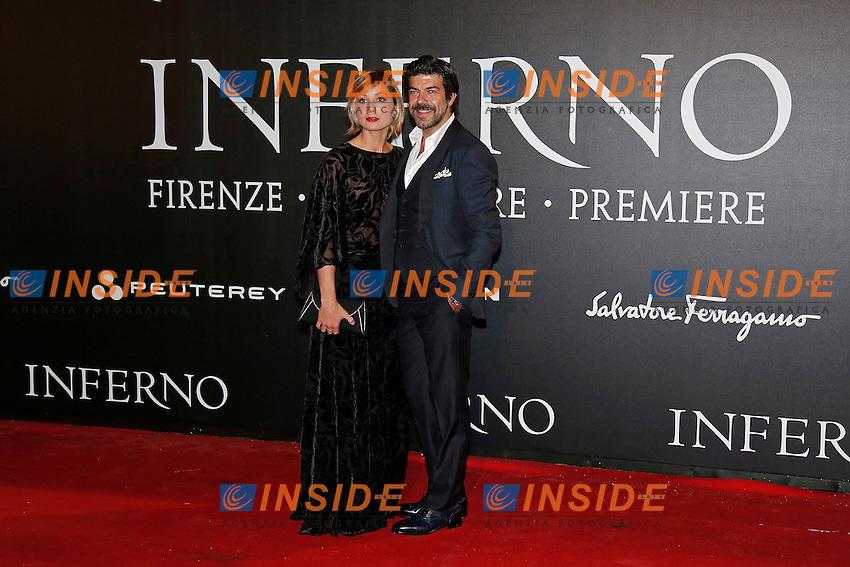 Anna Ferzetti e Pier Francesco Favino<br /> Firenze 08-10-2016. 'Inferno' Anteprima Mondiale.<br /> Florence 8th October 2016. 'Inferno' World Premiere.<br /> Foto Samantha Zucchi Insidefoto