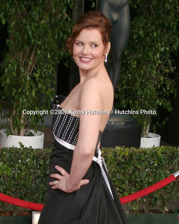 Geena Davis.12th Annual Screen Actors Guild  Awards.Shrine Auditorium.Los Angeles, CA.January 29, 2006.©2006 Kathy Hutchins / Hutchins Photo....