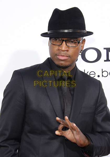 "NE YO (Shaffer Chimere Smith).Los Angeles Premiere of ""Death At a Funeral""-Arrivals held at The Cinerama Dome, Hollywood, California, USA..April 12th, 2010.half length suit hand black glasses trilby hat grey gray shirt tie NeYo.CAP/ADM/TC.©T. Conrad/AdMedia/Capital Pictures."