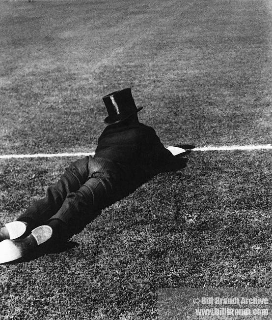 Eton Sprawls, 1933