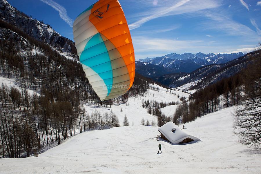 Kyte ski dans le vallon de Souliers