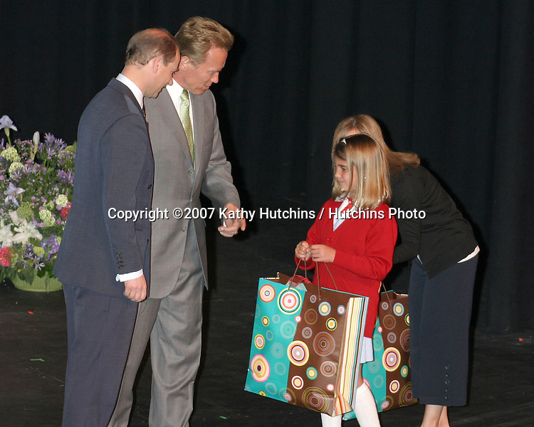 Prince Edward & Arnold Schwarenegger & Hope Garrett (Brad Garrett's daughter).Duke of Edinburgh's Award Young Americans' Challenge.Presented by His Royal Highness The Prince Edward Earl of Wessex and Arnold Schwarzenegger.Calabasas, CA.May 11, 2007.©2007 Kathy Hutchins / Hutchins Photo....