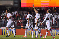 SÃO PAULO, SP, 30 DE AGOSTO DE 2012 - CAMPEONATO BRASILEIRO - SÃO PAULO x BOTAFOGO: Osvaldo comemora gol durante partida São Paulo x Botafogo, válida pela 20ª rodada do Campeonato Brasileiro de 2012 no Estádio do Morumbi. FOTO: LEVI BIANCO - BRAZIL PHOTO PRESS