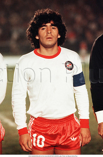 DIEGO MARADONA with his first club, ARGENTINOS JUNIORS, 1980. Photo: Leo Mason/Action Plus...1980.Football.Soccer.Portrait.association.club clubs
