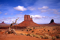 Colorful Monument Valley Mittens in Utah USA
