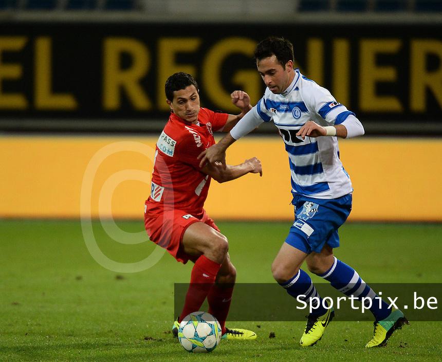 AA Gent - KV Kortrijk : Rafinha (rechts) aan de bal voor Mustapha Oussalah (links)<br /> foto VDB / Bart Vandenbroucke