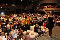 """Santo Domingo, República Dominicana.- Milly Quezada, Johnny Ventura, El Cata y Juliana, se presentaron con rotundo éxito en la quinta versión del concierto """"Fin de año Adelantado"""", que organiza Pedro Núñez del Risco a través de su empresa Los Vecinos Enterprises, en el Teatro La Fiesta del Hotel Jaragua y auspiciado por Orange."""
