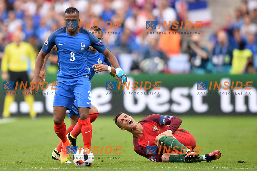 Patrice Evra (fra) - Cristiano Ronaldo (por) infortunio<br /> Paris 10-07-2016 Stade de France Football Euro2016 Portugal - France / Portogallo - Francia Finale/Finals<br /> Foto Anthony BIBARD/ Panoramic / Insidefoto