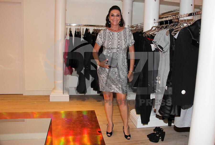 SAO PAULO, SP, 07 DE FEVEREIRO 2012. A socialite Betty Szafir, na inauguracao da loja Daslu,, no shopping Cidade Jardim, regiao sul de SP, na noite desta terca-feira, 07. (FOTO: MILENE CARDOSO - NEWS FREE)