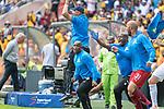 05.01.2019, FNB Stadion/Soccer City, Nasrec, Johannesburg, RSA, Premier League, Kaizer Chiefs vs Mamelodi Sundowns<br /> <br /> im Bild / picture shows <br /> <br /> Pitso Mosimane Trainer <br /> Torjubel / Jubel nach dem 1:2 Siegtreffer<br /> <br /> Einzelaktion, Ganzkörper / Ganzkoerper<br /> Gestik, Mimik,<br /> <br /> <br /> Foto © nordphoto / Kokenge