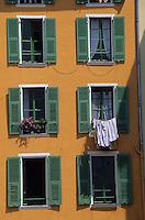 Europe/France/Provence-Alpes-Côte d'Azur/06/Alpes-Maritimes/Nice: Cours Saleya - Façades de maisons