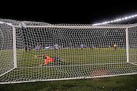 BUENOS AIRES, ARGENTINA, 22 MARÇO 2013 - COPA 2014 - ELIMINATORIAS SUL-AMERICANA - ARGENTINA X VENEZUELA - Lionel Messi jogador da Argentina marca seu gol de penalti durante partida contra a Venezuela em partida pela 11 rodada das eliminatórias sul-americana para a Copa do Mundo de 2014 no Estádio Monumental de Núñes em Buenos Aires capital da Argentina, na noite desta sexta-feira, 22. (FOTO: JUANI RONCORONI / BRAZIL PHOTO PRESS).