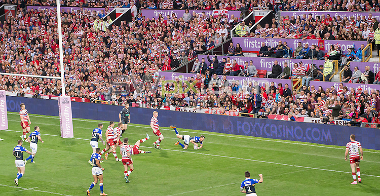 Picture by Allan McKenzie/SWpix.com - 10/10/2015 - Rugby League - First Utility Super League Grand Final - Leeds Rhinos v Wigan Warriors - Old Trafford, Manchester, England - General view, GV, fans, supporters, Foxy Bingo, branding.