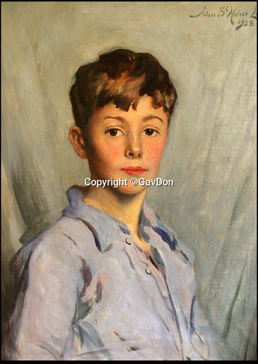 BNPS.co.uk (01202 558833)<br /> Pic: GavDon/BNPS<br /> <br /> Painting of a young Robert Douglas Don - Gavin's uncle who was lost with the sub in 1942.<br /> <br /> A former Royal Navy officer is on a one-man mission to find a Second World War submarine his uncle died on that has been lost at sea for 74 years.<br /> <br /> Gav Don started his crusade to locate HMS Triumph about five years ago and plans to take a boat with sonar equipment to the Aegean Sea next year to track down the wreck.<br /> <br /> The 55-year-old former warfare officer, who now runs his own business, hopes to preserve the vessel's final resting place and make sure its crew are honoured and remembered.<br /> <br /> During his quest he has found relatives of about half the crew, including a wartime sweetheart, and uncovered an intelligence disaster that had been completely ignored by British records.
