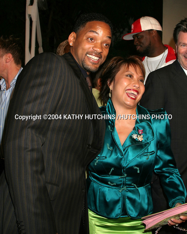 """©2004 KATHY HUTCHINS /HUTCHINS PHOTO.WORLD PREMIERE OF """"RAY"""".HOLLYWOOD, CA.OCTOBER 19, 2004..WILL SMITH.TARYN ROSE"""