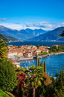 Italy, Lombardia, Menaggio: popular resort on the West Banks of Lake Como | Italien, Lombardei, Menaggio: beliebter Urlaubsort an der Westkueste des Comer Sees, von hier besteht eine Faehrverbindung nach Bellagio und Varenna