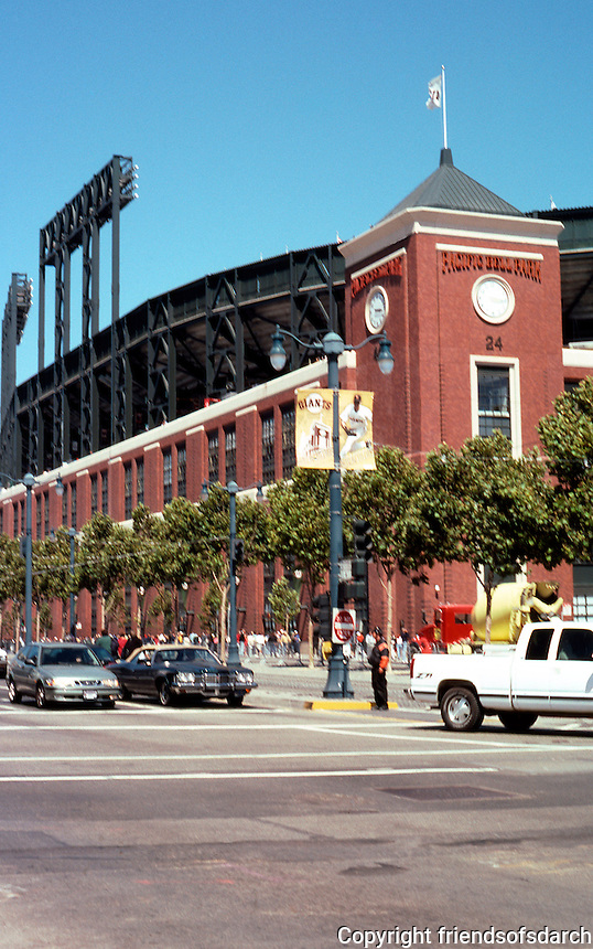 Ballparks: San Francisco Pacific Bell Park, 2000. HOK Sport, Kansas City.