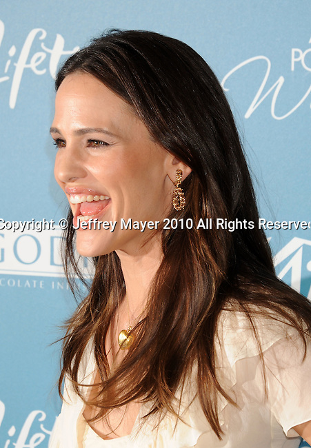 BEVERLY HILLS, CA. - September 30: Jennifer Garner arrives at Variety's 2nd Annual Power Of Women Luncheon at The Beverly Hills Hotel on September 30, 2010 in Beverly Hills, California.