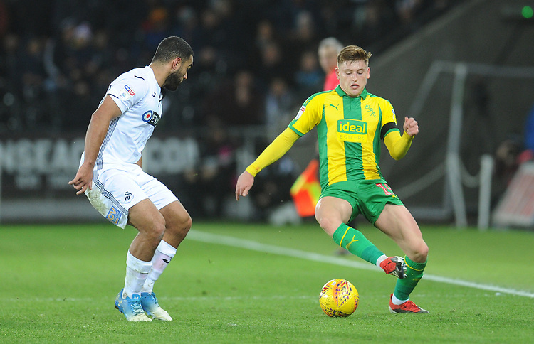 West Bromwich Albion's Harvey Barnes under pressure from Swansea City's Cameron Carter-Vickers<br /> <br /> Photographer Kevin Barnes/CameraSport<br /> <br /> The EFL Sky Bet Championship - Swansea City v West Bromwich Albion - Wednesday 28th November 2018 - Liberty Stadium - Swansea<br /> <br /> World Copyright &copy; 2018 CameraSport. All rights reserved. 43 Linden Ave. Countesthorpe. Leicester. England. LE8 5PG - Tel: +44 (0) 116 277 4147 - admin@camerasport.com - www.camerasport.com