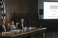 SAO PAULO, SP, 25.11.2013 - WBE DENÚNIA. O Governador Geraldo Alckmin inicia na Capital o Web Denúncia, ferramente online que permite registrar denúncia de crimes por meio de computadores, tablets ou celulares com acesso á internet.(Foto:Adriano Lima / Brazil Photo Press).