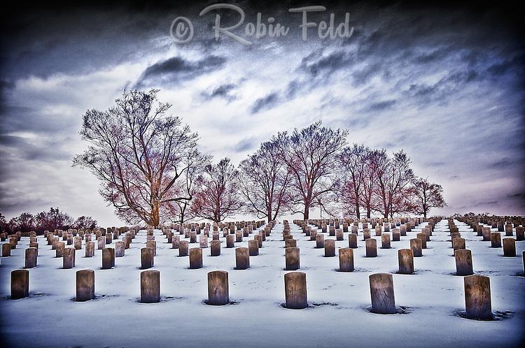 National Cemetery, VA Cemetery: Dayton Ohio, winter, snow, tombstones, graves