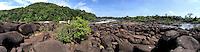 Rio Erepecuru; na bacia do rio Trombetas, transportando moradores e produtos para os territórios quilombolas e indígenas. Bacia do Trombetas. Oriximiná, Pará, Brasil.<br /> Foto Eric Stoner<br /> /09/2016
